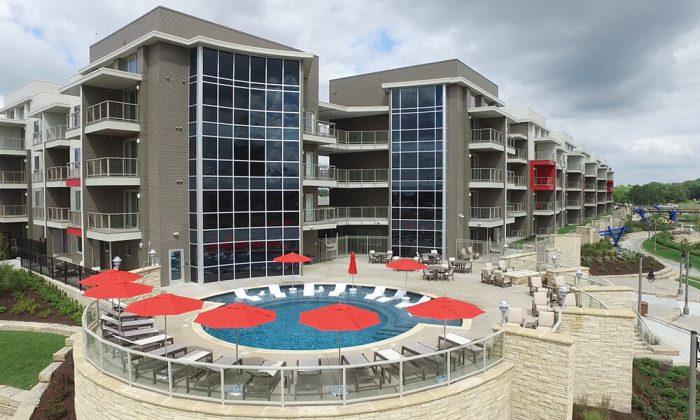River Vista Apartments